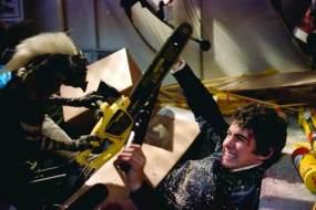 gremlins-1984-chainsaw-attack